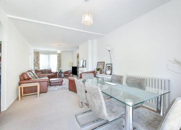 Thumbnail 3 bed flat to rent in Detling House, Congreve Street, London