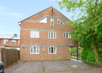 Thumbnail 2 bedroom flat to rent in Bedford Street, Berkhamsted