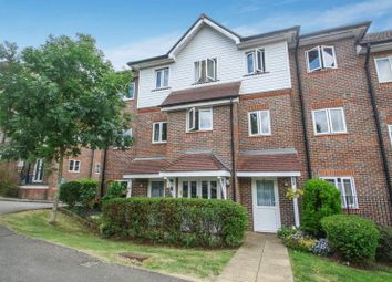Thumbnail 2 bed flat for sale in Freer Crescent, High Wycombe