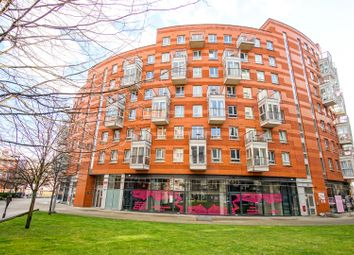 Thumbnail 2 bed flat for sale in Carronade Court, Islington