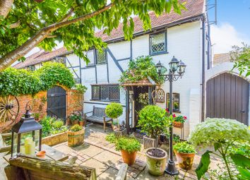 Thumbnail 2 bed cottage for sale in Headley Road East, Woodley, Reading
