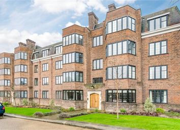 Thumbnail Flat to rent in Balliol House, Manor Fields, London