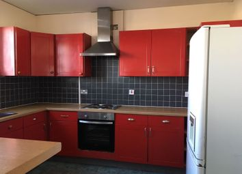 Thumbnail 5 bed flat to rent in Shields Road, Heaton