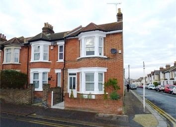 Thumbnail 1 bed flat to rent in Rectory Grove, Leigh On Sea, Leigh On Sea