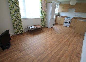 Thumbnail 3 bedroom property to rent in Sundon Park Road, Luton