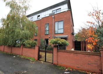 Thumbnail 2 bed flat to rent in Como Street, Romford