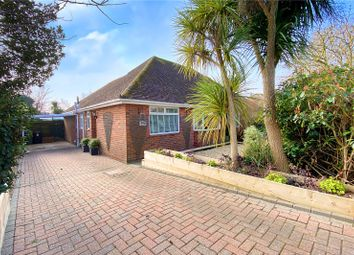 Lansdowne Way, Angmering, West Sussex BN16. 2 bed bungalow for sale