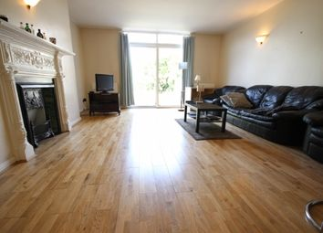 Thumbnail 2 bed flat to rent in Denbigh Road, Ealing, London