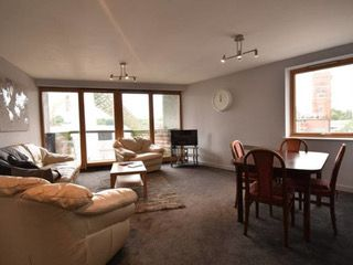 3 bed flat to rent in Abbey Court, Priory Place, Coventry CV1