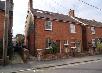 Thumbnail Semi-detached house to rent in Malthouse Road, Crawley