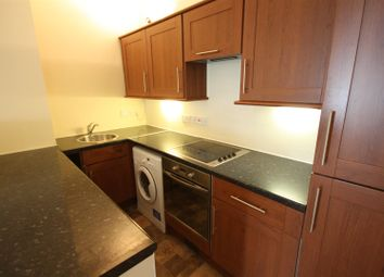 Thumbnail 2 bed property to rent in Binswood Avenue, Leamington Spa