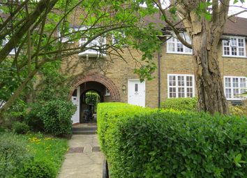 3 bed cottage to rent in Asmuns Place, Hampstead Garden Suburb NW11
