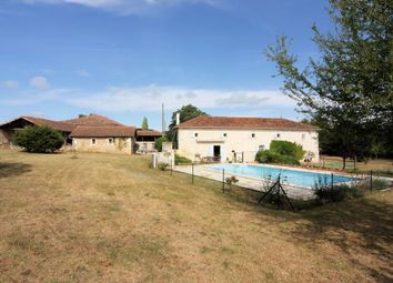 Thumbnail 6 bed country house for sale in La Rochefoucauld, Charente, France