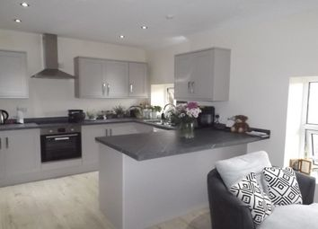 Thumbnail 1 bed flat to rent in Station Road, Ilkley