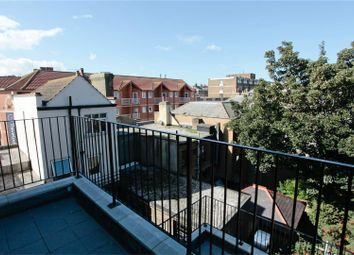 2 bed flat to rent in Harbour Parade, Ramsgate CT11