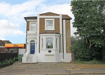 Thumbnail 5 bed property to rent in Portsmouth Road, Thames Ditton