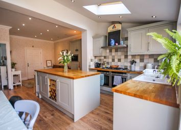 4 bed town house for sale in Cornelius Vale, Chelmsford CM2