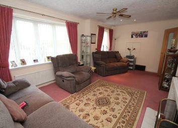 3 bed bungalow for sale in Mountfield Avenue, Waterloo, Huddersfield, West Yorkshire HD5