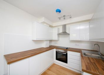 Thumbnail 1 bed flat to rent in Hackford Road, London