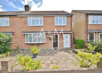 Thumbnail 2 bed maisonette for sale in Brookside, Ilford