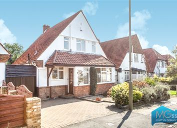 Manor Road, Barnet, Hertfordshire EN5. 2 bed detached house