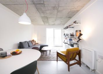 Thumbnail 1 bed flat to rent in Pembury Place, Hackney
