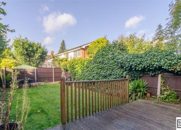 Thumbnail 4 bed town house for sale in Wellington Road, Bush Hill Park, Enfield
