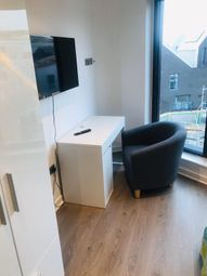 2 bed flat to rent in Alma Street, Kelham Island S3