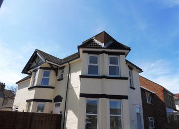 Thumbnail 3 bedroom flat to rent in Manor Road South, Southampton