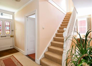 Thumbnail 4 bed detached house to rent in Queens Road, Alton