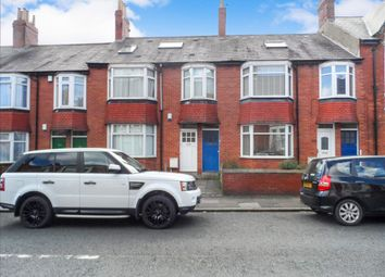 Thumbnail 2 bedroom flat to rent in Simonside Terrace, Heaton, Newcastle Upon Tyne