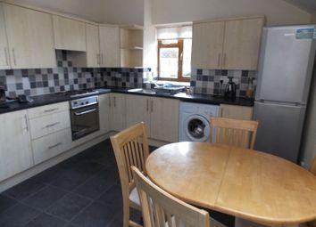 4 bed flat to rent in Shaftesbury Road, Bath BA2