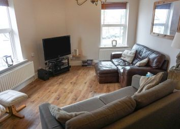 Thumbnail 2 bed flat for sale in Highfield Road, Headless Cross, Redditch