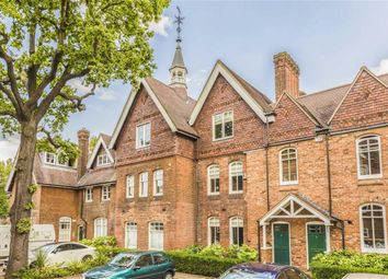 3 bed property for sale in Fisher's Close, London SW16