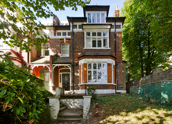 Thumbnail 3 bed flat for sale in Sunnyside Road, Crouch End