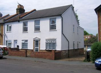 Thumbnail 2 bed maisonette to rent in Cumberland Street, Staines Upon Thames