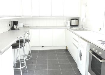 Thumbnail 4 bed detached house to rent in Grafton Street, Hull