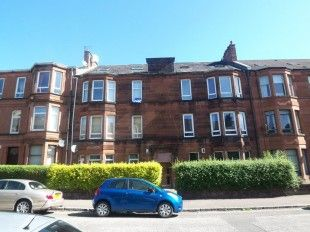 Thumbnail 4 bed flat to rent in Barterholm Road, Paisley, Renfrewshire