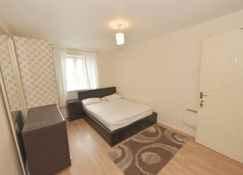 Thumbnail Room to rent in Winter Lodge, Fern Walk, London
