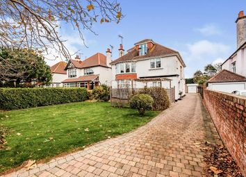 Thumbnail 2 bed flat for sale in Grand Avenue, Worthing, Sussex