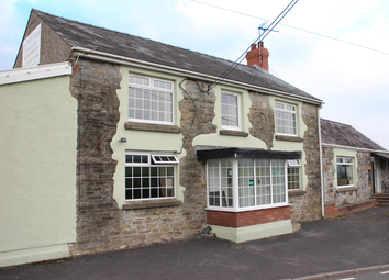 Thumbnail Restaurant/cafe for sale in Carmarthenshire - Well Appointed Village Pub SA17, Llangyndeyrn, Carmarthenshire