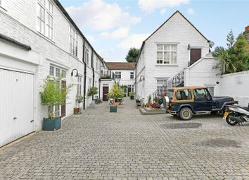 4 bed mews house for sale in Anchor Mews, London SW12