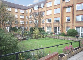 Thumbnail 1 bedroom flat for sale in Homemanor House, Watford