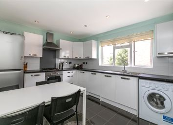 2 bed flat to rent in Hungerford Road, London N7