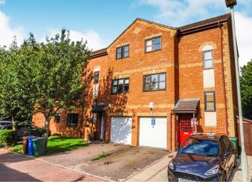 3 bed town house for sale in Coopers Gate, Banbury OX16