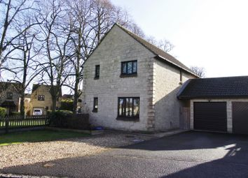 Thumbnail 4 bedroom detached house for sale in Lilac Way, Calne