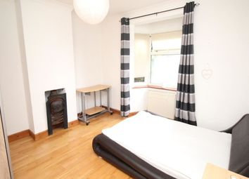 Thumbnail Room to rent in Footscray Road, London