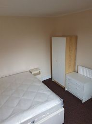 Thumbnail 5 bed shared accommodation to rent in Howard Street, Cowley, Oxford