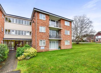 Thumbnail 2 bed flat to rent in Wiltshire Close, Taunton