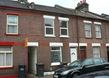 Thumbnail 2 bed flat to rent in Frederick Street, Luton